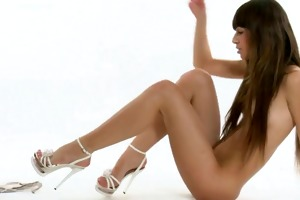 juvenile daughter widening and fingering her