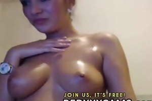 college hotty masturbating her fur pie and double